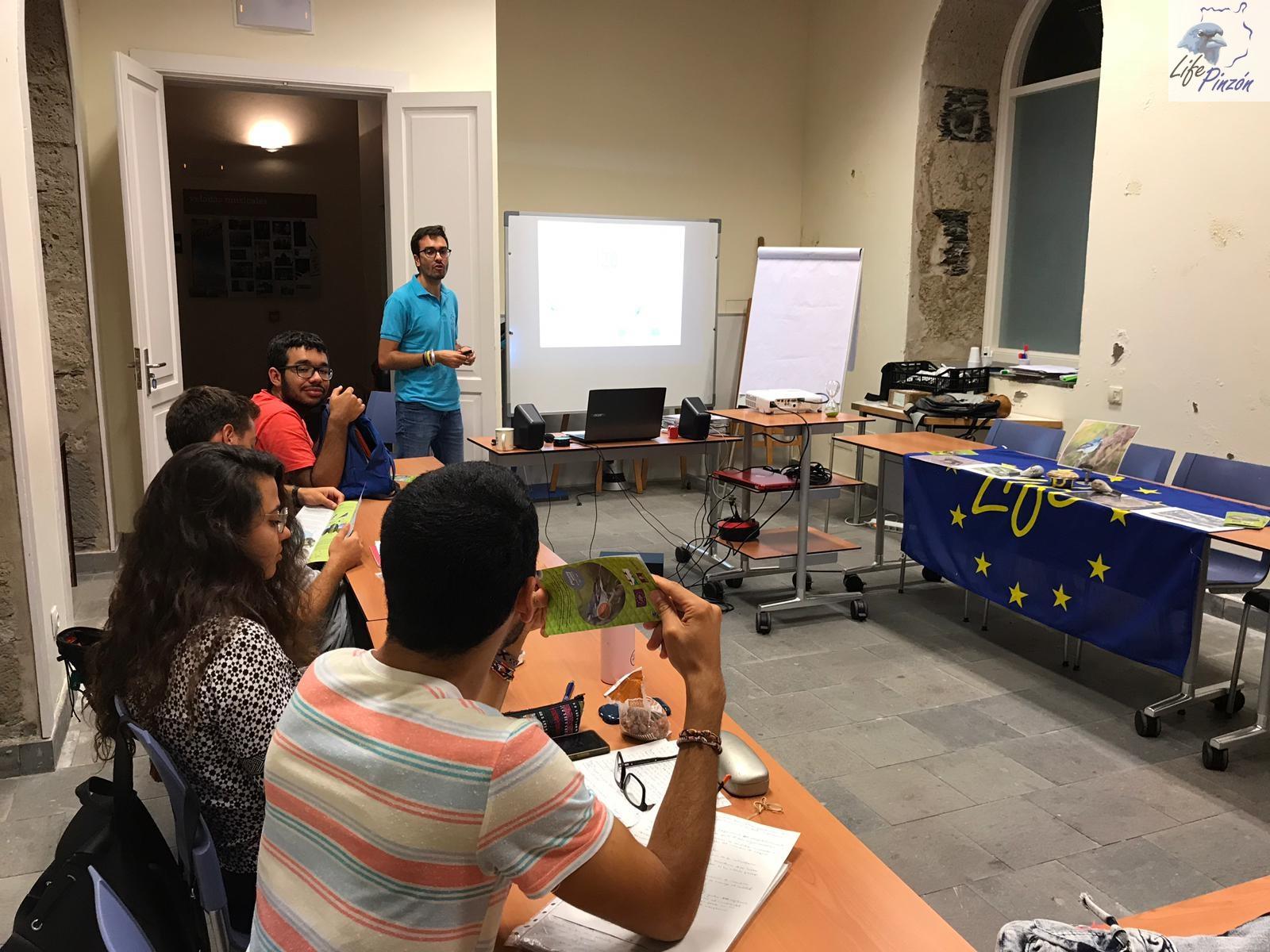 Divulgación en el curso de Educación ambiental inclusiva y la conservación de la biodiversidad Canaria9 de octubre