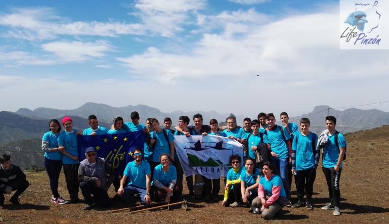 Reforestacion-con-alumnos-del-IES-Vega-de-San-Mateo8