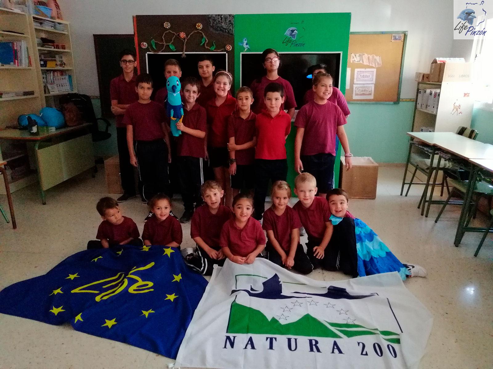Títeres en el CEIP La Solana (Colegio rural en Vega de San Mateo)2 Octubre 2019